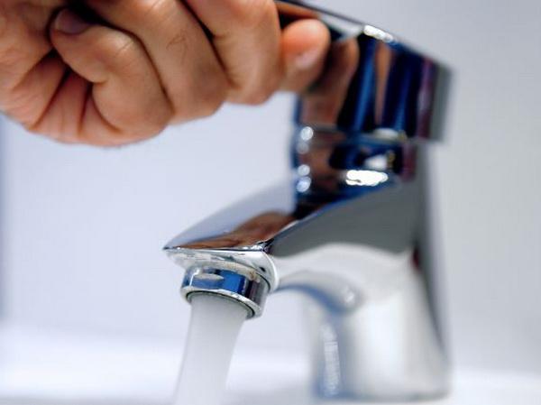 "Saopštenje JKP ""Vodovod i kanalizacija"" voda%20cesma%20ruka"